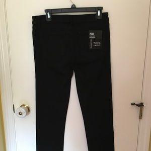 NWT Paige black Skyline Skinny Jeans.